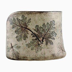 Schwedische Vase aus Glasierter Keramik & Blattwerk