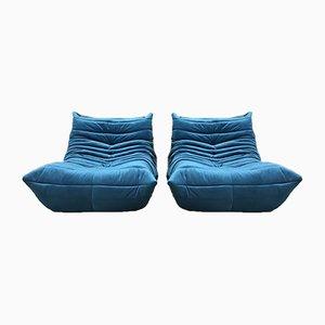 Sofá cama Togo de una plaza en azul de Ligne Roset. Juego de 2