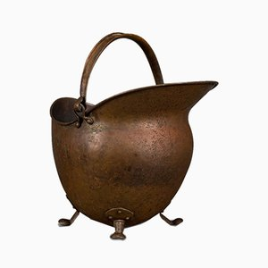 Antique English Victorian Copper Helmet-Shaped Coal Basket, 1880s