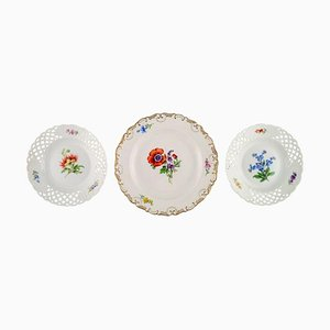 Meissen Plates in Hand-Painted Porcelain with Floral Motifs, Set of 3