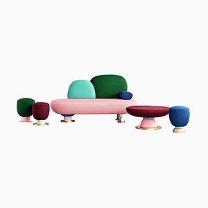 Juego Toadstool Collection Conjunto de sofá, mesa y pufs de Masquespacio. Juego de 5