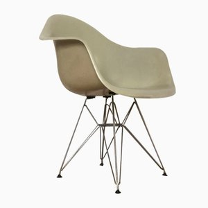DAR Chair by Charles & Ray Eames for Herman Miller