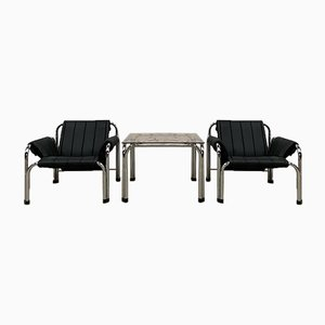 Armlehnstühle & Tisch von Viliam Chlebo, 1980er, 2er Set