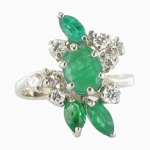 French Emerald & Diamond 18 Carat White Gold Ring, 1970s