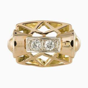 Anillo de oro amarillo y diamantes de 0.20 quilates, años 40