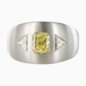 Baume Modern Yellow and White Diamond Polished Gold Ring