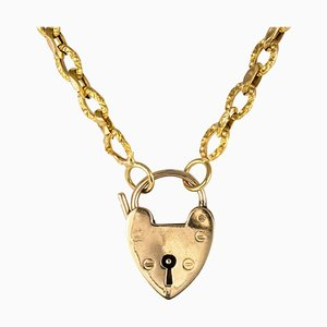 19th Century 18 Karat Yellow Gold Chiseled Chain and Heart-Shaped Padlock Necklace