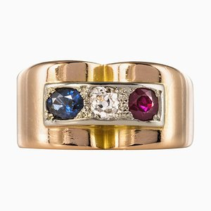 French Ruby, Diamond, Sapphire and 18 Karat Yellow Gold Patriotic Tank Ring, 1940s