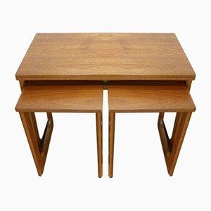 Set di tavolini a incastro Mid-Century in teak di McIntosh
