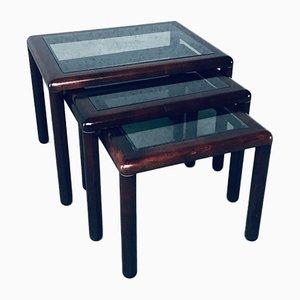 Tavolini a incastro Mid-Century moderni in noce, anni '70, set di 3