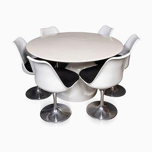Mesa y sillas de fibra de vidrio y laca, siglo XX, años 60. Juego de 6