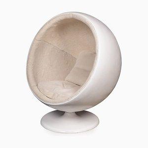 Silla bola retro del siglo XX al estilo de Eero Aarnio de Asko, años 60