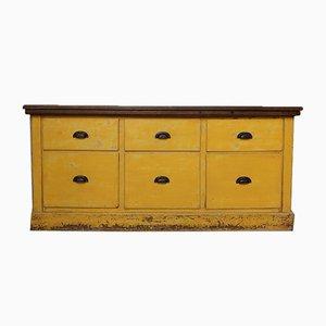 Mueble vintage con cajones
