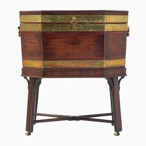 George III Messing-Mahagoni Weinkühler aus Messing