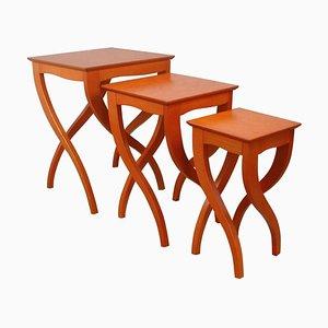 Tavolini a incastro Mid-Century in ciliegio, Italia, set di 3