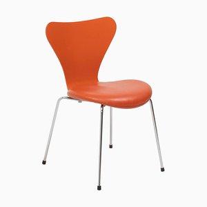 Sedia serie 7 in pelle arancione di Arne Jacobsen per Fritz Hansen