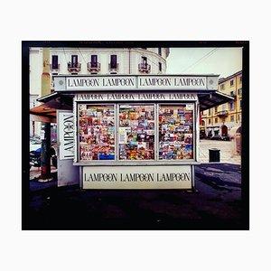 Zeitungsständer, Porta Genova, Mailand, Italienische Straßenfarbfotografie, 2003, Orma