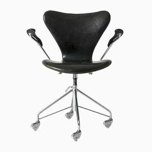 Seven Office Chair by Arne Jacobsen for Fritz Hansen
