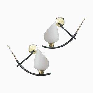 Französische Messing & Opalglas Wandlampen von Maison Arlus, 1950er, 2er Set