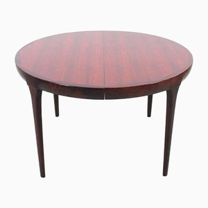Mid-Century Scandinavian Oval Dining Table in Rio Rosewood by Kofod Larsen for Faarup Møbelfabrik