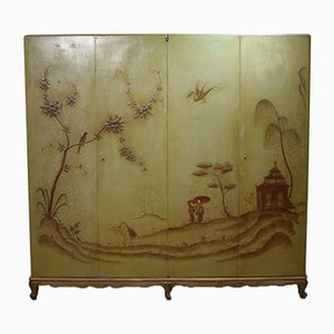 Italian Chinoiserie Style Green Lacquered Cupboard with Four Doors, 1940s