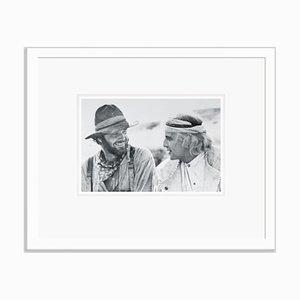 Nicholson & Brando Silbergelatine Harz Druck in Weiß von Bettmann