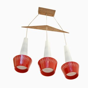 Lámpara colgante escandinava en rojo con 3 pantallas, años 60