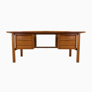 Mid-Century Danish Teak Executive Desk by Svend Aage Madsen, 1970s