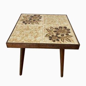 Quadratischer Mid-Century Blumenhocker mit gefliester Platte aus Holzbeinen