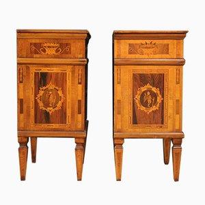 Mesitas de noche estilo Louis XVI vintage con incrustaciones. Juego de 2