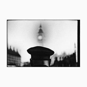 Untitled # 30, Polizist Big Ben von Eternal London, Giacomo Brunelli, 2012
