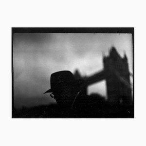 Untitled # 5, Man Glasses Tower Bridge von Eternal London, Giacomo Brunelli, 2013