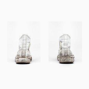 Converse, Weiße Hi-Tops auf Weiß, Michael Schachtner, 2012