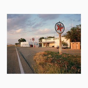 Tankstelle mit Straße, Michael Ormerod, 1989