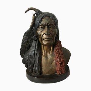 Große Skulptur eines Indianergesichtes