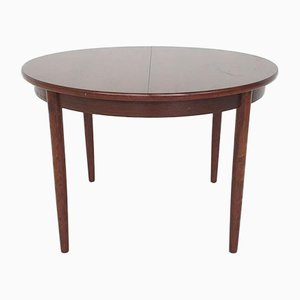 Scandinavian Modern Round Rosewood Extendable Dining Table, 1960s