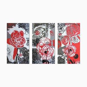 Rote Steppdecke in Rosé Rosen-Optik von Bethan Ash