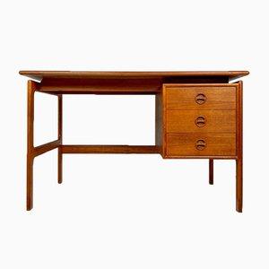 Scrivania in teak di Arne Vodden per Gv Furniture, 1960