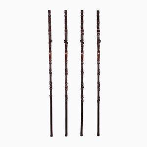 Gruppo di lesene in legno intagliato, set di 4