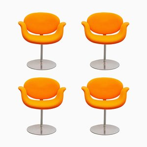 Sillas giratorias Tulip en naranja de Pierre Paulinfor Artifort, años 80. Juego de 3