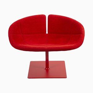 Sedia girevole Fjord rossa di Patricia Urquiola per Moroso