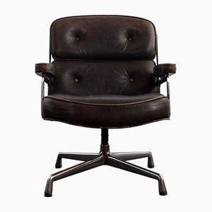 Chaise Lobby par Herman Miller