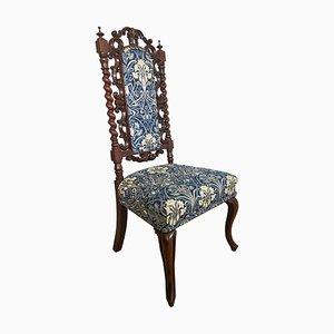Geschnitzter Beistellstuhl aus Mahagoni, 19. Jh