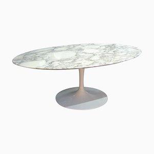 Mesa de centro Tulip ovalada de Eero Saarinen para Knoll International