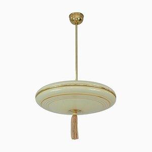 Lámpara colgante alemana Art Déco de vidrio marfil, latón y metal dorado, años 30