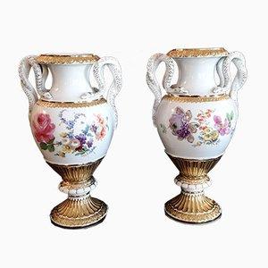 Vasi dipinti a mano con maniglie Snake e finiture dorate in porcellana Meissen, anni '50, set di 2