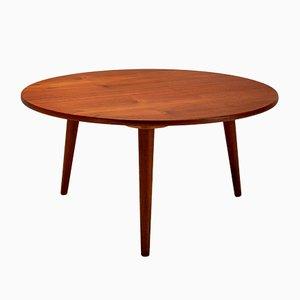 Mesa de centro AT8 danesa redonda de teca de Hans Wegner para Andreas Tuck, años 50