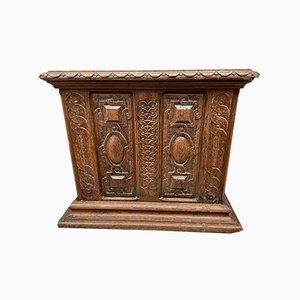 Cassaforte antica in quercia