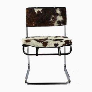 Stuhl aus Stahl und Leder