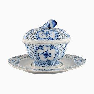 Scodella con coperchio e piattino in porcellana dipinta a mano di Meissen, XX secolo, set di 2